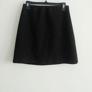 5/$25 Ann Taylor Black Patterned Skirt